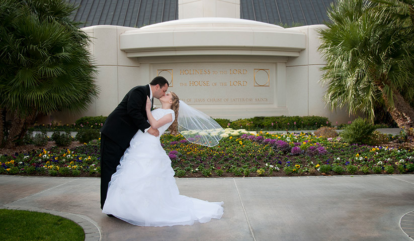 Studio_On-location_Bridal_Garden_Couple_Engagment_Photos_Las_Vegas-006